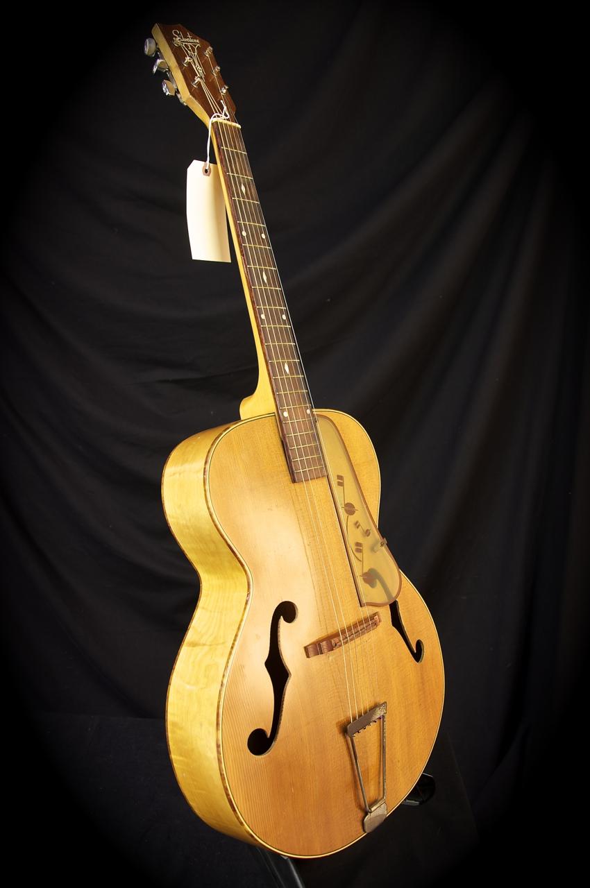 Ca 1960 Silvertone 367-61909 Sunburst Maple