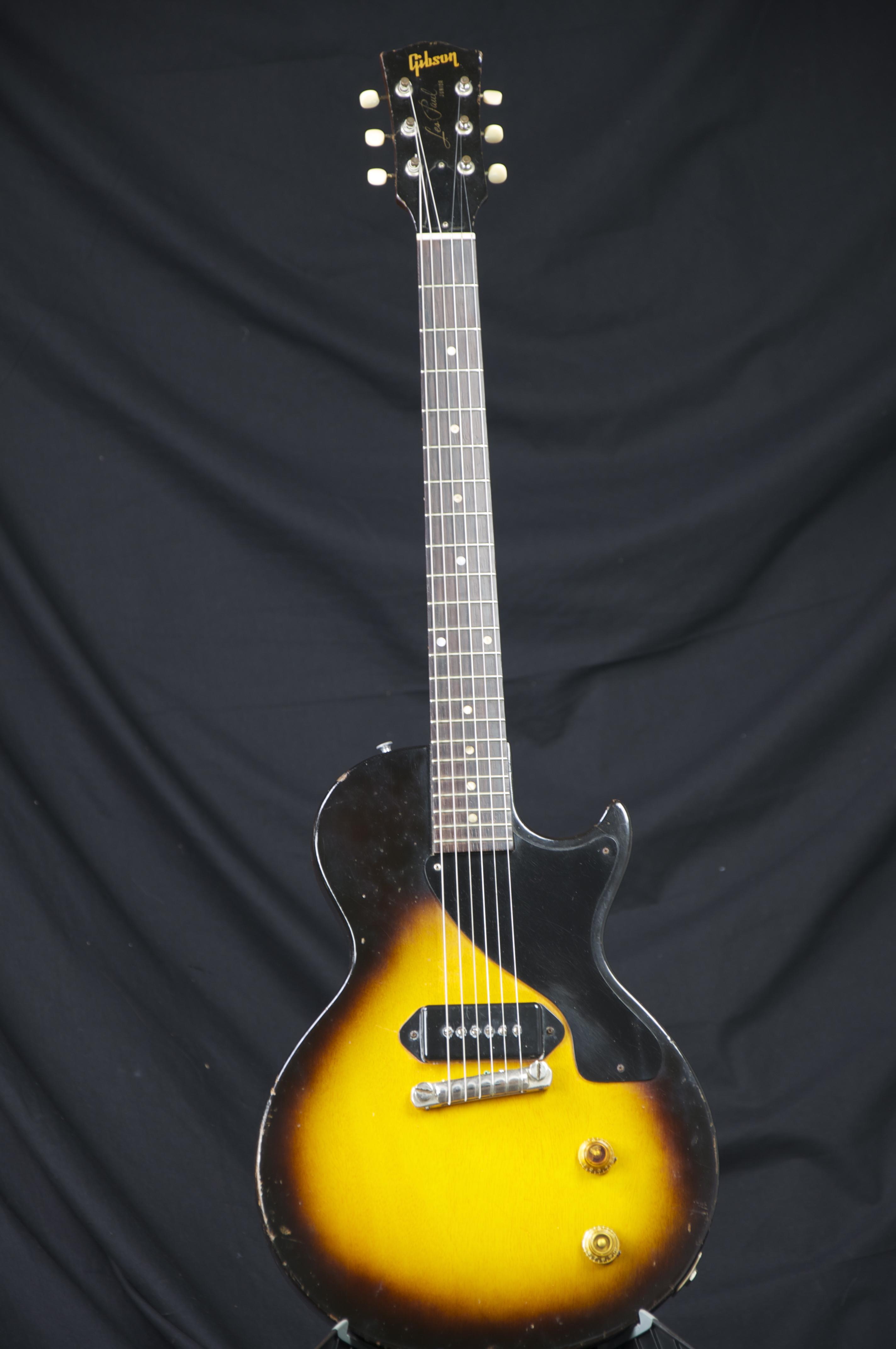 vintage 1955 gibson les paul jr sunburst electric guitar. Black Bedroom Furniture Sets. Home Design Ideas
