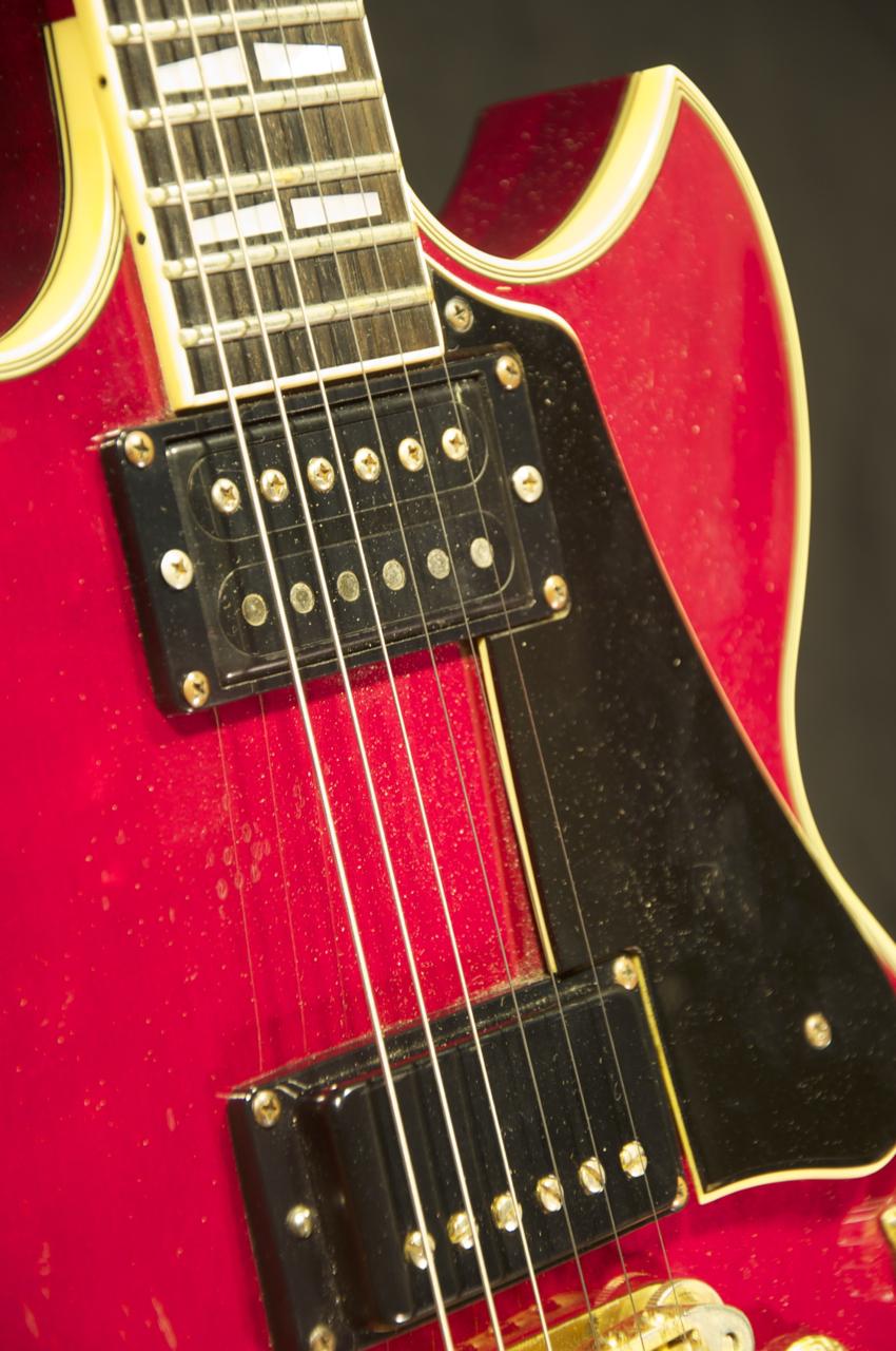 Vintage yamaha electric guitar