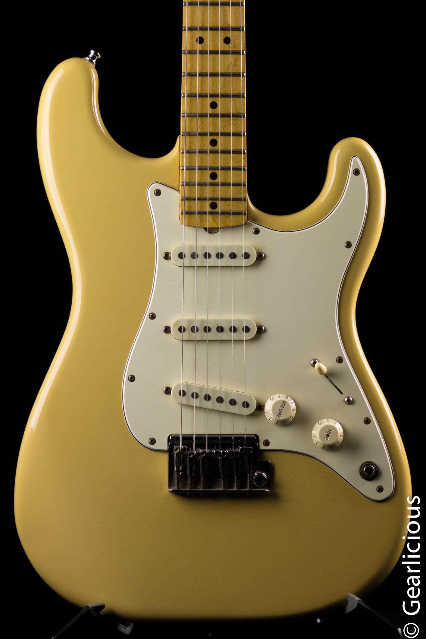 Fender strat vintage blanc
