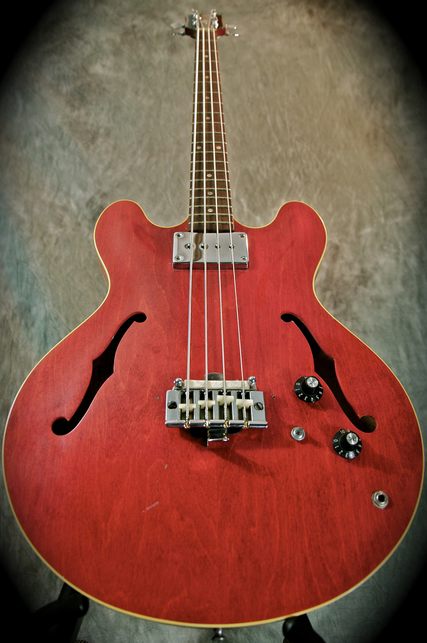Gibson EB2 - Vintage Bass World - All About