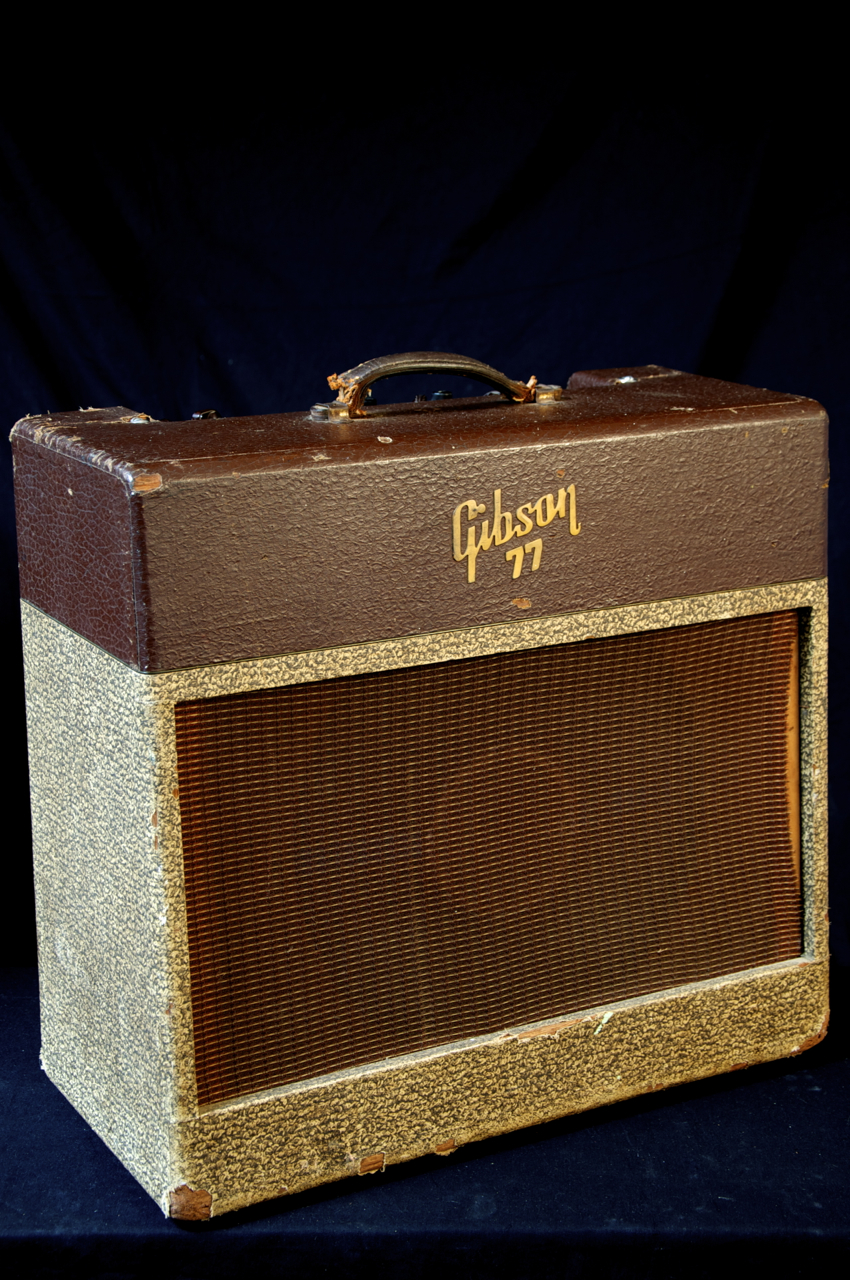 vintage gibson ga 77 vanguard two tone tube guitar amplifier grlc885. Black Bedroom Furniture Sets. Home Design Ideas